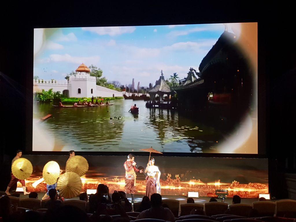 Samsung LED Cinema - 7