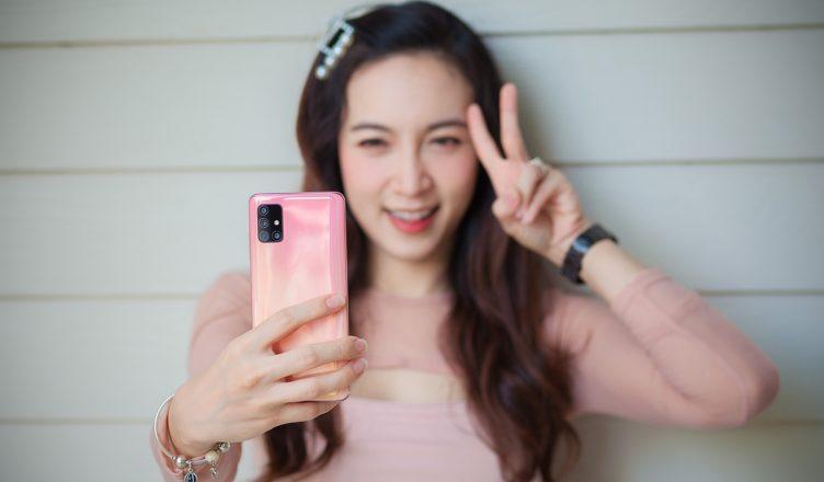 รีวิว Samsung Galaxy A51 รูปสวย เลนส์ครบ ของสายเที่ยว รุ่น RAM 8GB แรงขึ้นกว่าเดิม